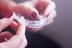 clear retainer